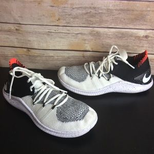 Nike Free Tr 3 Flyknit running shoes Sz 7.5